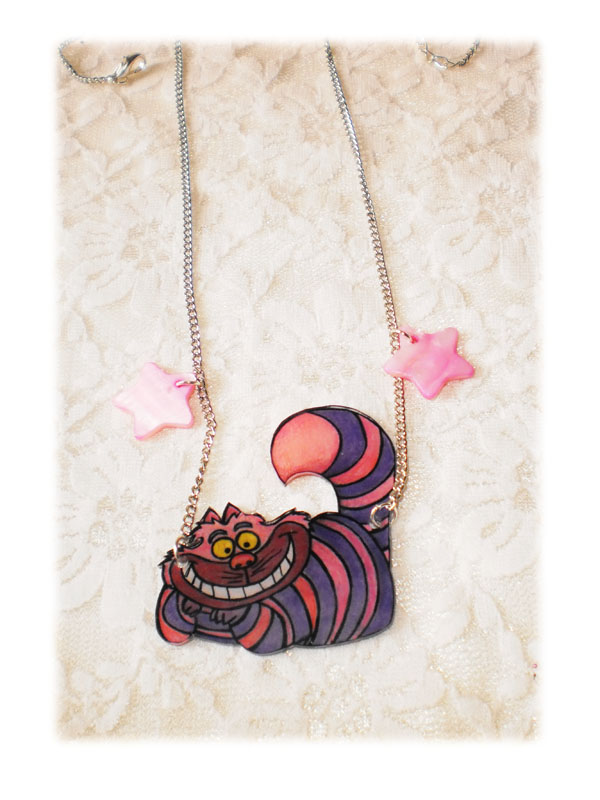 collier kawaii chat cheshire