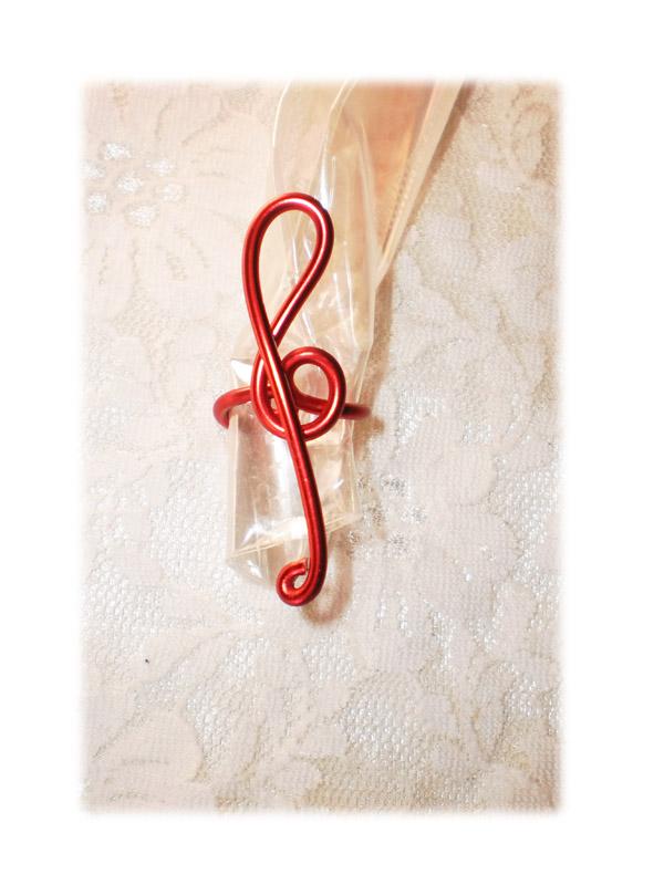 perle pour dreads - clef de sol rouge